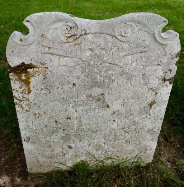 Memento Mori head stone