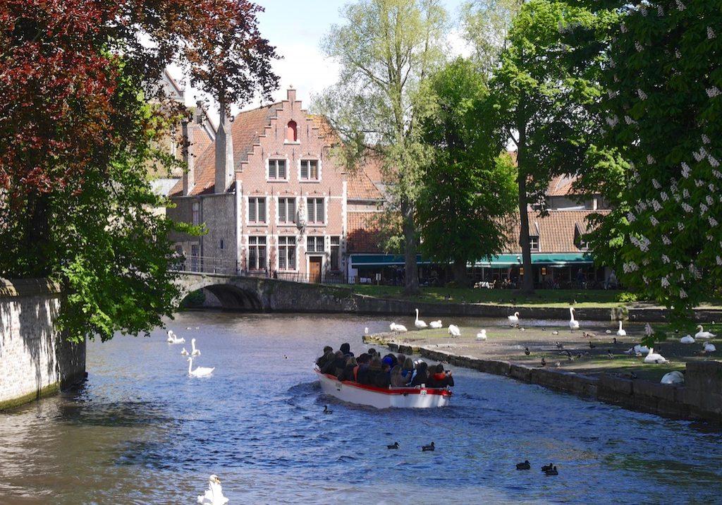 Brugge, Brussels 13